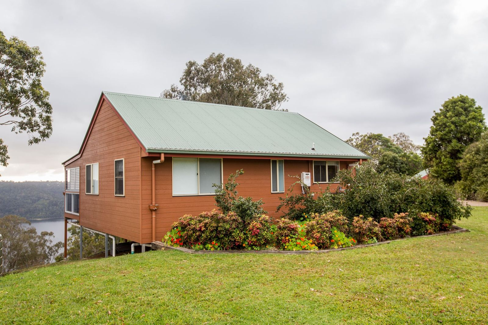 tamarind cottage banner